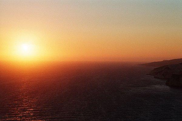 Sonnenuntergang beim Leuchtturm von Keri; copyright by WebTraveller