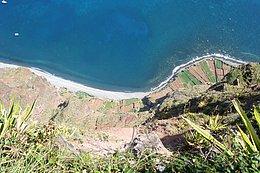 Blick von Cabo Girão hinunter