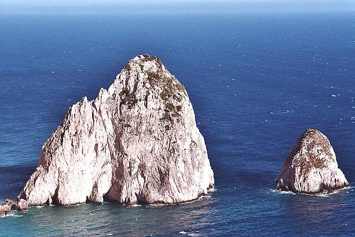 Die Felsen von Myzithres, Ausblick vom Lighthouse Restaurant; copyright by WebTraveller
